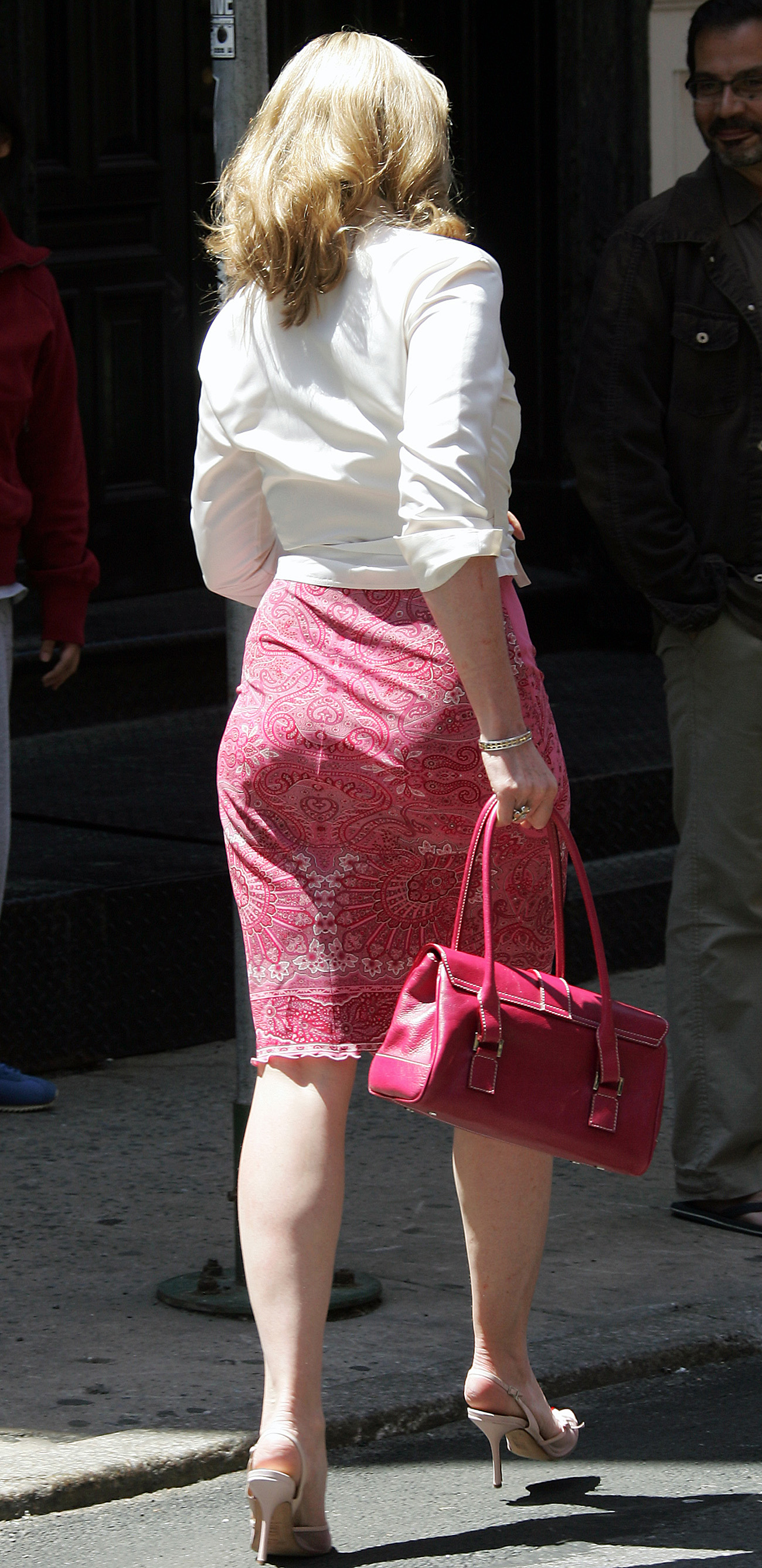 Kim cattrall in sex and the city 2010 - 2 5