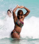 serena-williams-bikini-ass-pics-004